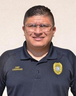 Belen police chief files suit against city