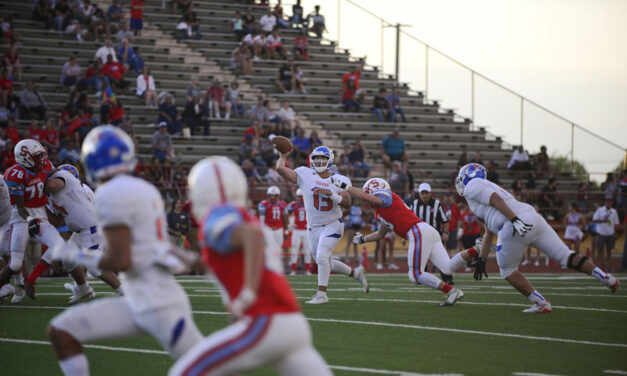 Football: Los Lunas opens with win, Jags fall
