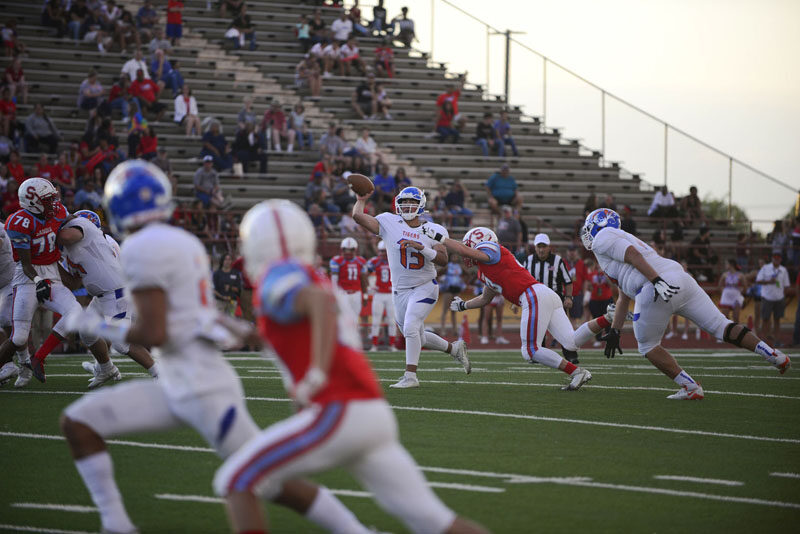 Football: Los Lunas High rolls Sandia High