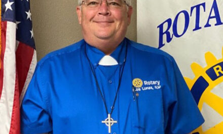Mundy inducted as Los Lunas Rotary president