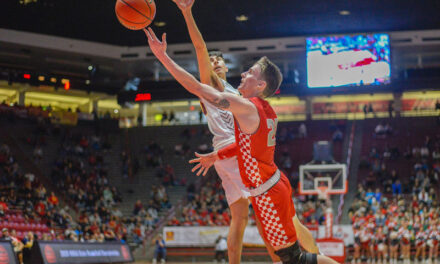 Valencia star Jake Mattox to continue career in the fall