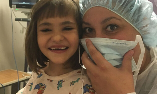 Los Lunas 7-year-old girl celebrates first birthday party; family gives back to hospital