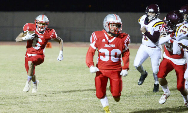 Valencia finishes year on a high note with win over Valley