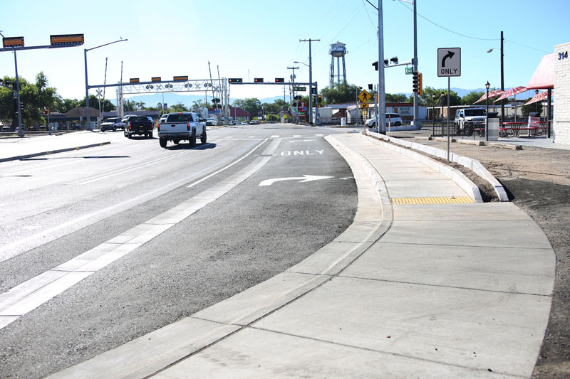 Los Lunas roads to be completed