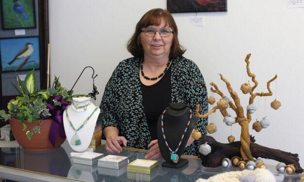 Coral's Creative Studio and Gallery opens in Los Lunas