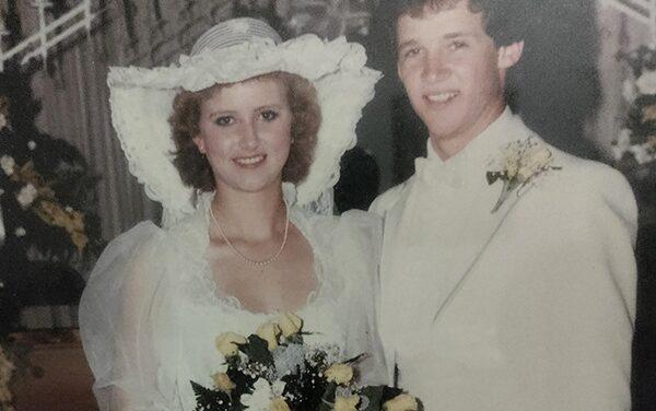 Meadors celebrate 35th wedding anniversary