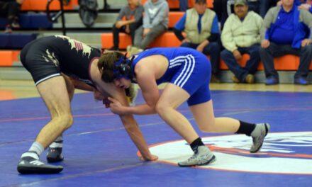 Los Lunas finishes Belen dual with upset