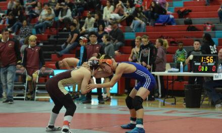 Los Lunas wrestling brings home District 5-4A title